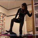 【三浦恵理子】『恵理子様・・・僕のマラを踏んでください』可愛い女王様がファンを調教します