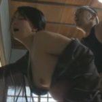 【浅井舞香・ヘンリー塚本】昭和のお屋敷、奥様留守の間に美熟女女中と大工が大胆に発情ファック