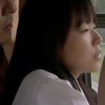 【川嶋あみ・ヘンリー塚本】変態女子高生の通学バス―痴漢軍団にローション手マンで逝かされて車内で大量潮吹き