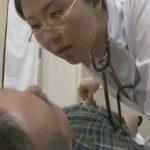 【菊川麻里・ヘンリー塚本】『出ませんか?私がやりましょう、たっぷり出してください』痴女女医の淫らで卑猥な泌尿器科